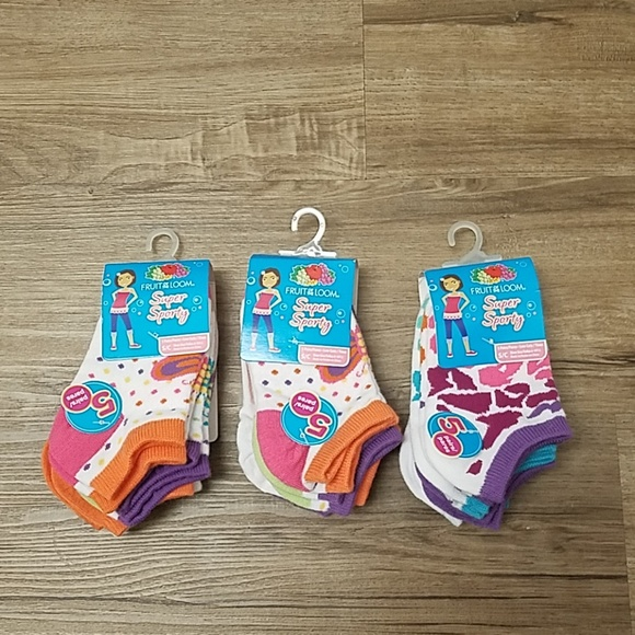 Fruit of the Loom Other - Fruit of the Loom Girl's Socks